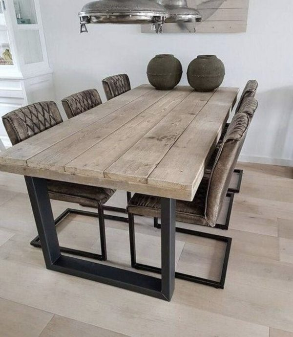 Table à manger artisanale